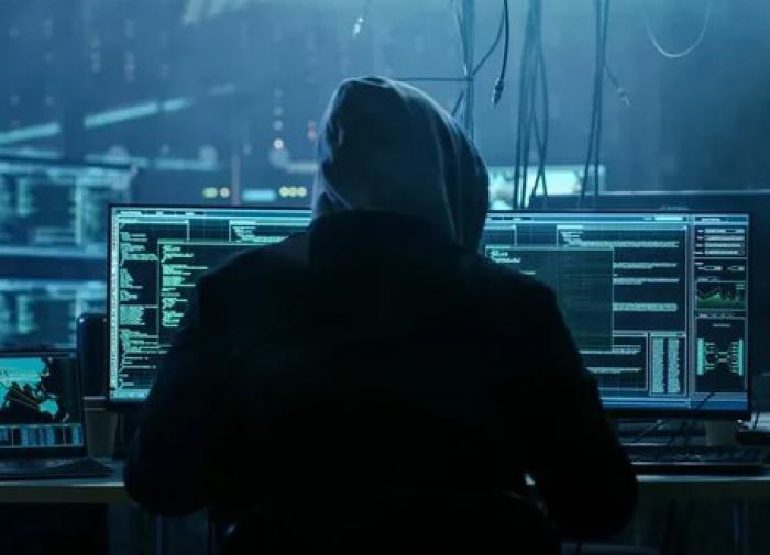 Хакер - гроза Twitter - получит три года лишения свободы