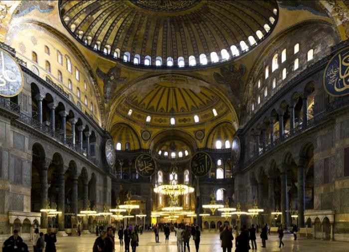 Религиовед Шмидт: мечети исламского мира копируют Софийский собор