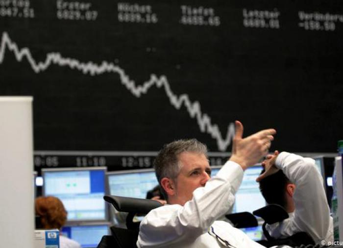 Экономике России предсказали резкое падение в случае второй волны COVID