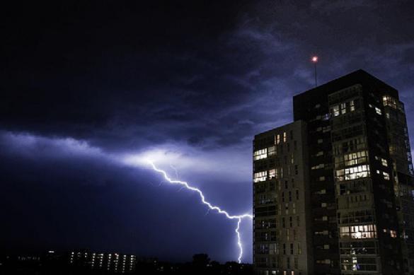 Искусственный интеллект научился предсказывать удар молнии