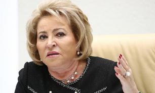 Сенаторам запретили выезжать за границу из-за коронавируса
