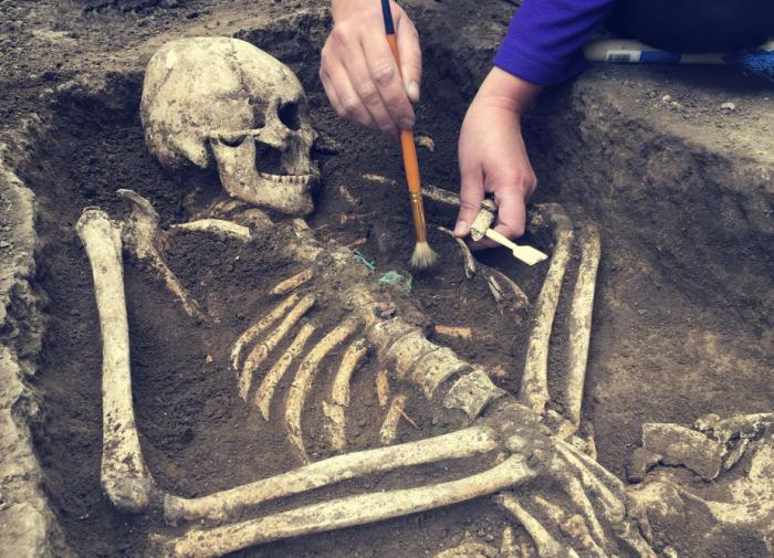 В Якутии обнаружили захоронение воина, жившего в XVII веке