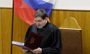 Судья, посадивший Ходорковского, покидает свой пост