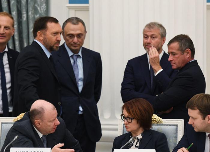 Евгений Федоров: источник власти олигархов – иностранное управление