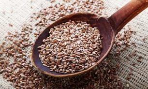Ученые предупреждают, что семена льна нельзя есть ложками