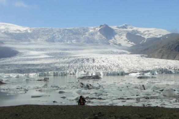 Отель из прозрачных пузырей открылся в Исландии