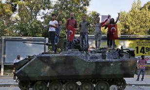 Главный военный советник Эрдогана арестован за мятеж