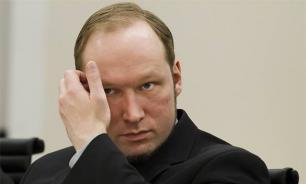 """""""Плачущий убийца"""": Норвежский суд пожалел Брейвика"""