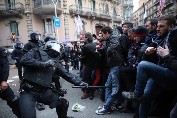 Госдума срочно разберется с иностранным вмешательством в протесты
