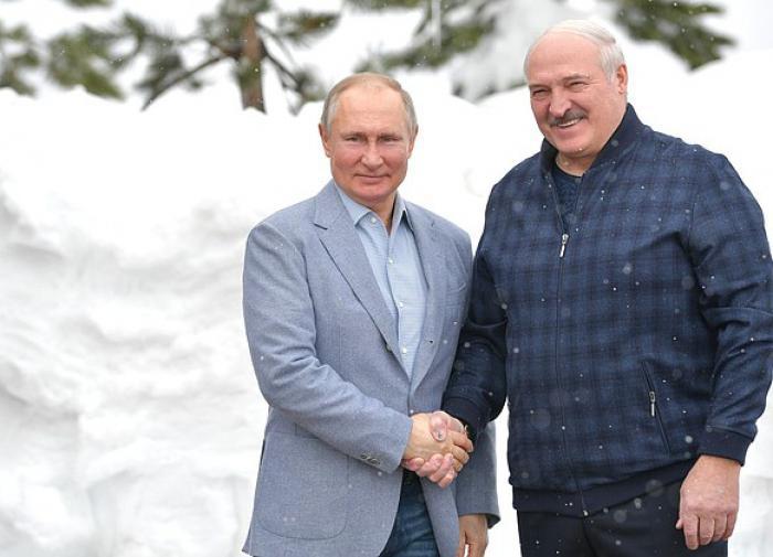 Лукашенко показал Путину секретные материалы спецслужб