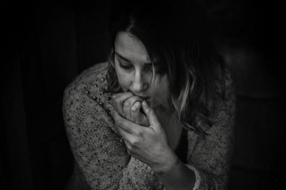Психолог рассказала чего боятся люди с низким доходом