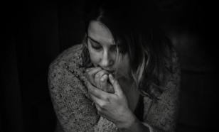 Чего боятся люди с низким доходом, рассказала психолог