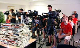 Путин призвал оградить СМИ от давления властей
