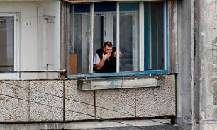 В МЧС объяснили, как можно курить на балконах