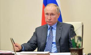 Путин допустил, что в апреле могут сократить число нерабочих дней