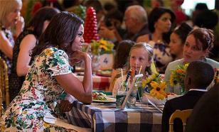Программа питания для школьников от Мишель Обама пестрит канцерогенами и вызывает рак - исследование