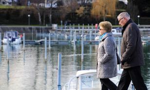 """Первый зампред ЦБ: помогать пенсионерам """"немножко поздно"""""""
