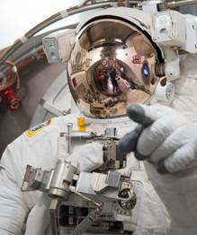 Гении дня (23.10): космонавты
