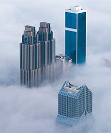 Дубай в облаках