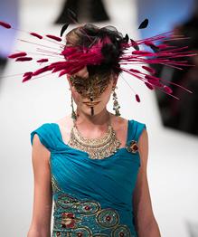 Берлинская неделя моды: кружево и декольте