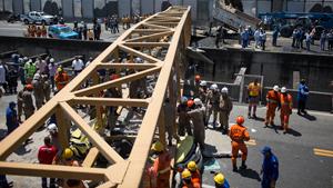 Трагедия в час пик: обрушение моста в Бразилии