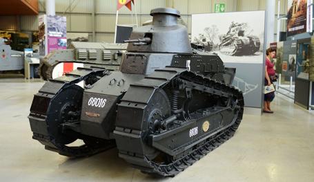 Дедушки танкостроения