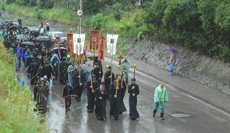 Донбасс: Крестный ход на Киев