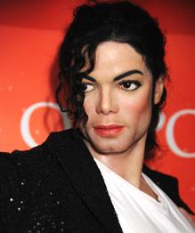 Майкл Джексон до сих пор зарабатывает больше всех