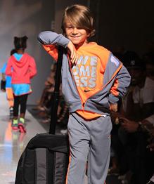 Детский показ мод в Нью-Йорке
