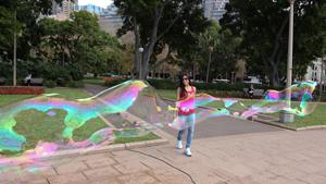 Мыльных пузырей мастер
