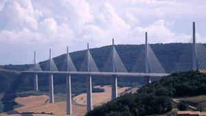 Дороги-мосты, ведущие... Куда?