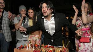 На дне рождения Александра Бердникова