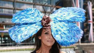 Монархи и миллионеры похвастались шляпками