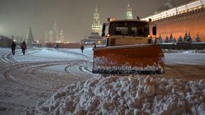 Москву парализовал снегопад