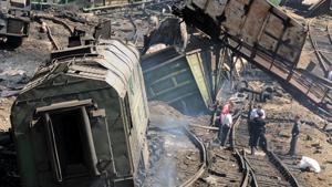 Число пострадавших при сходе вагонов в Белой Калитве выросло до 52
