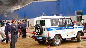 """Пожар в торговом комплексе """"Новая тура"""" в Татарстане"""