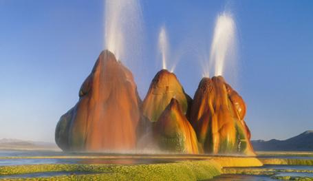 8 знаменитых гейзеров