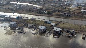 Паводок в Якутии: подтоплены десятки домов