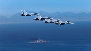 """""""Восток-2014"""": самые крупные военные учения со времен СССР"""