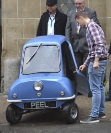 Самая маленькая машина в мире