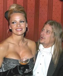 Брачные рекордсмены Голливуда. Посчитаем супругов?