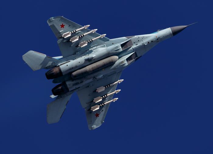 Лёгкий истребитель МиГ-35
