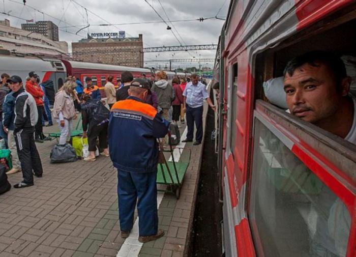 Мигранты едут по России